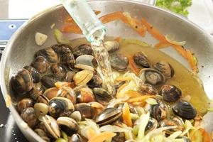 Venusmuschel in ganzer Schale, gekocht, einzeln tiefgefroren-Wildfang1kg Beutel